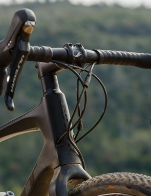 The Contact XR D-Fuse bar helps absorb bumps