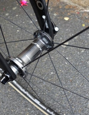 The hubs on the new Dura-Ace wheels have a fade from black to pewter