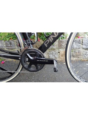 The new crank uses an asymmetric spider to improve power transfer. An integrated power meter will also be available but was not on offer for testing