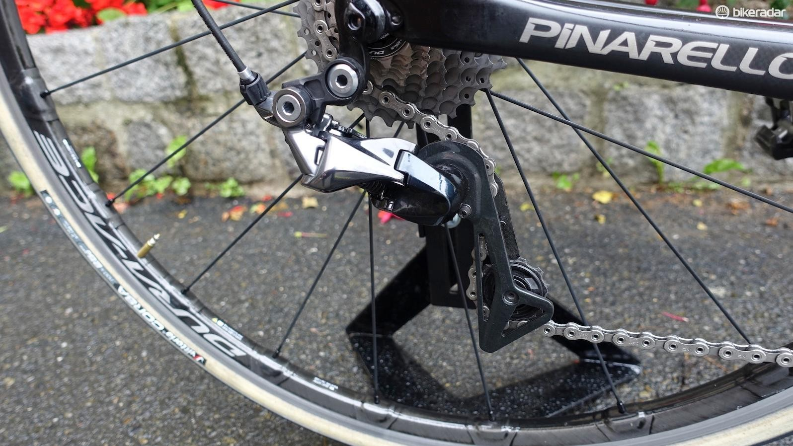 The new rear derailleur borrows Shimano's Shadow design from its mountain bike derailleurs. A longer cage enables the use of Shimano's new 11-30 cassette