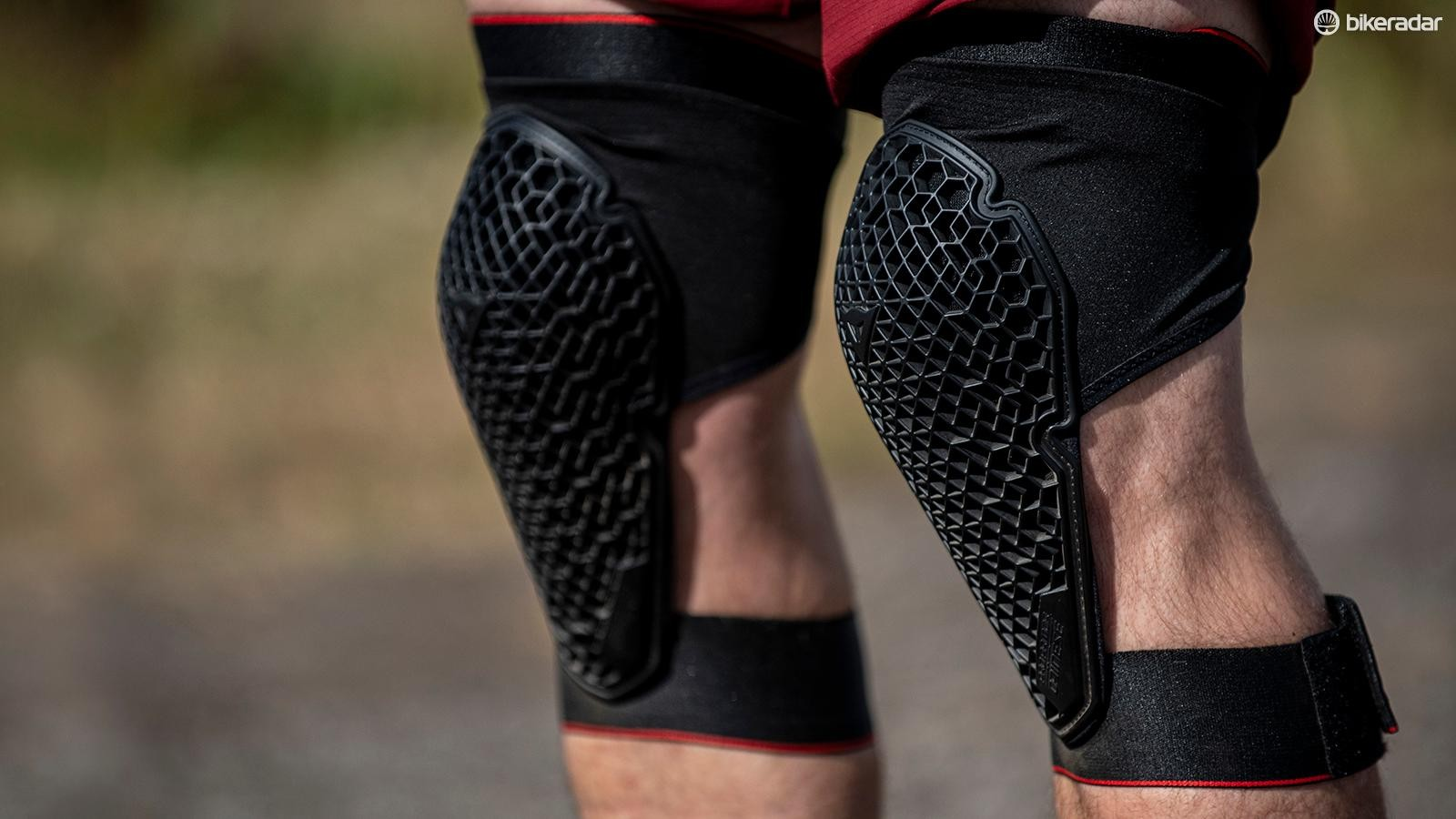 Dainese's Trail Skins 2 Lites are sleeveless versions of its Trail Skins 2 pads