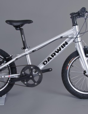 The Kiddimoto Darwin is an aluminium framed, belt driven pedal bike for youngsters