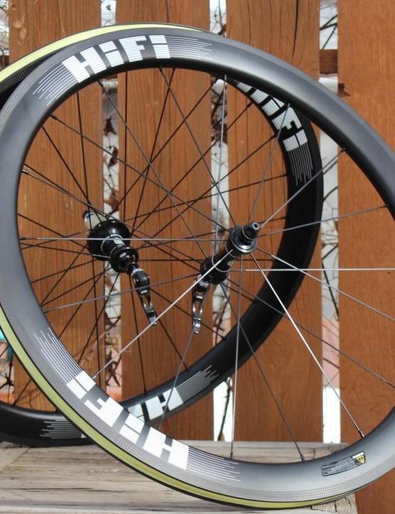 HiFi is a relatively new wheel company out of Portland, Oregon. These are the Hit Single carbon clinchers