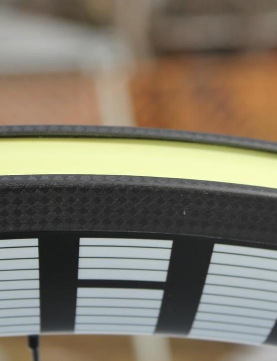 Internal rim width measures 17mm