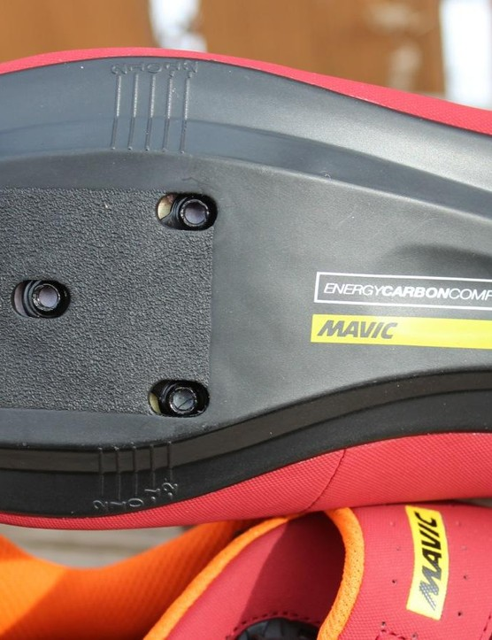 The Pro is the second in three tiers of Ksyrium shoes aimed at endurance road riders