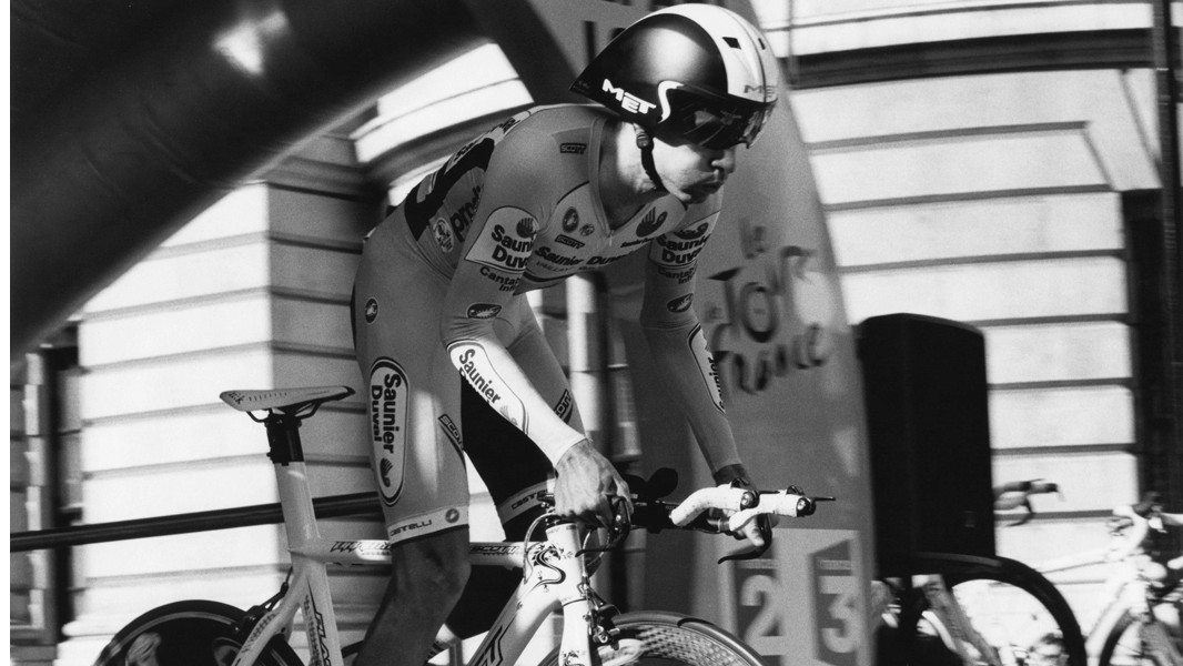 Millar rolls out in the time trial at the 2008 Tour de France
