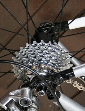 Cunego's cassette is an all-terrain 11-25 tooth Campagnolo Record version.