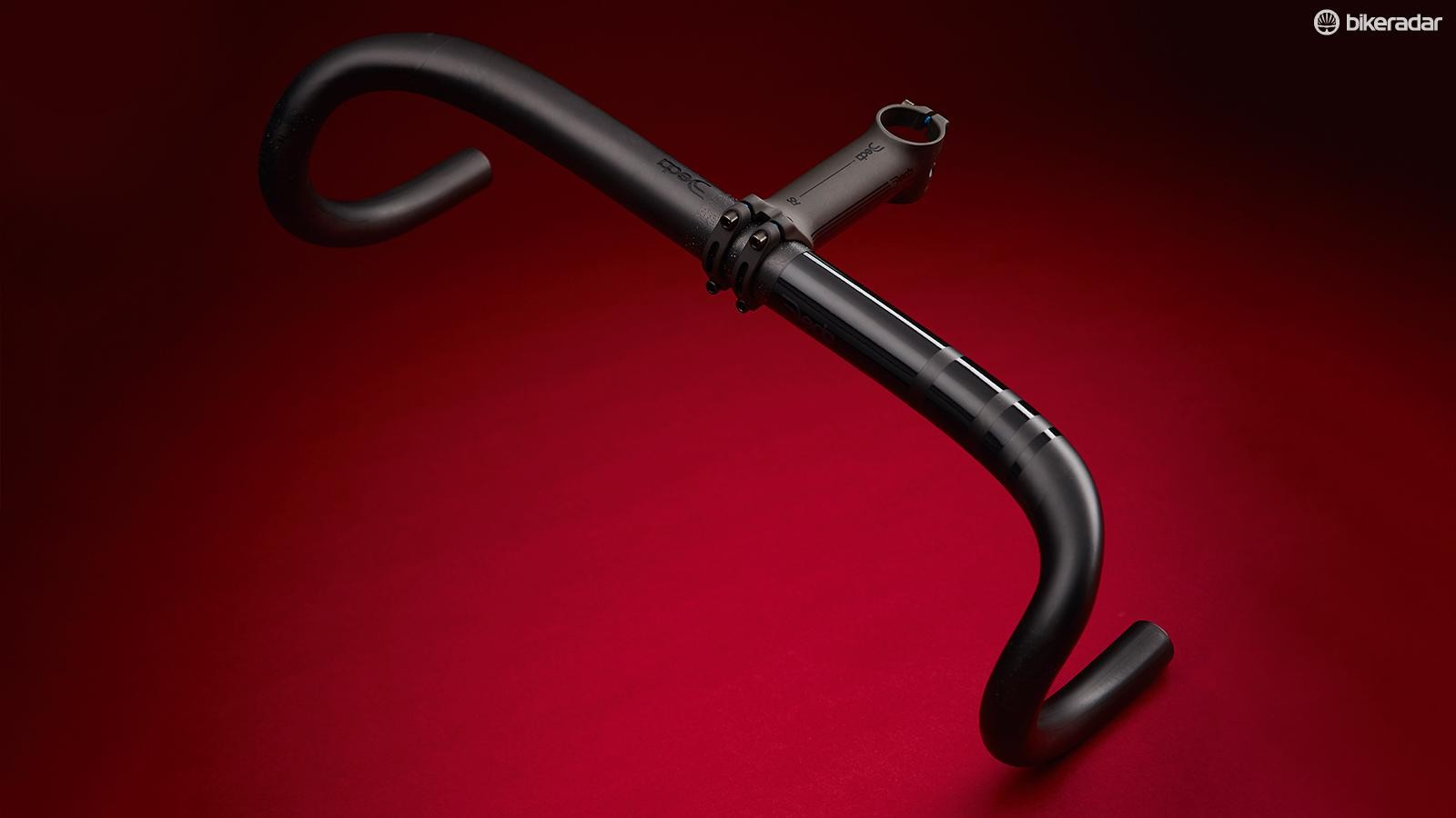 Deda's bar takes the Rapid Hand Movement (RHM) bend shape