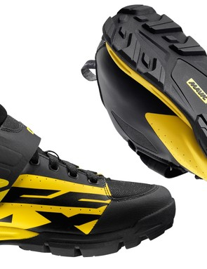 Alongside the wheelsets, Mavic has also released a range of gravity focused gear, including these Deemax Pro shoes