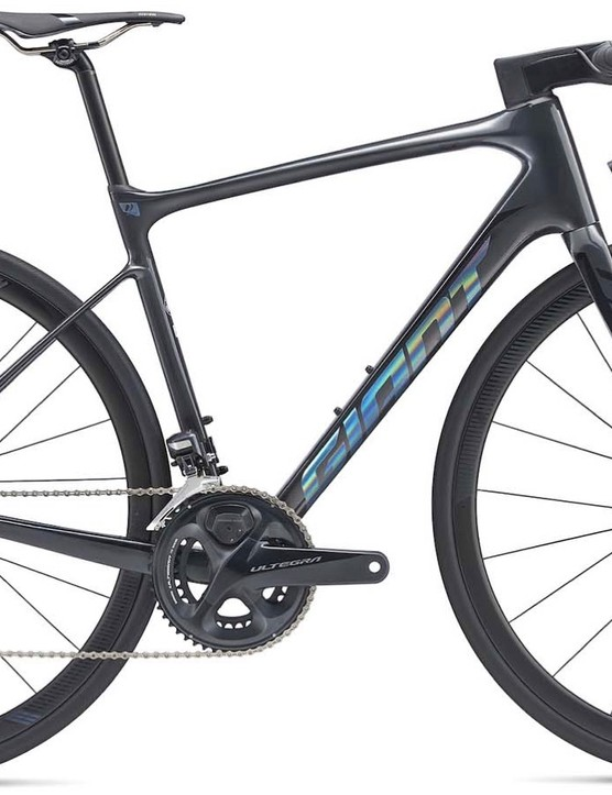 Topping the Defy range is the new Advanced Pro 0 at $5,300 with Shimano Ultegra Di2 and Giant's new dual-sided power meter