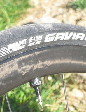 The Tubeless Gavia Ac1 tyres impressed on my descent of the Gavia. Serendipitous