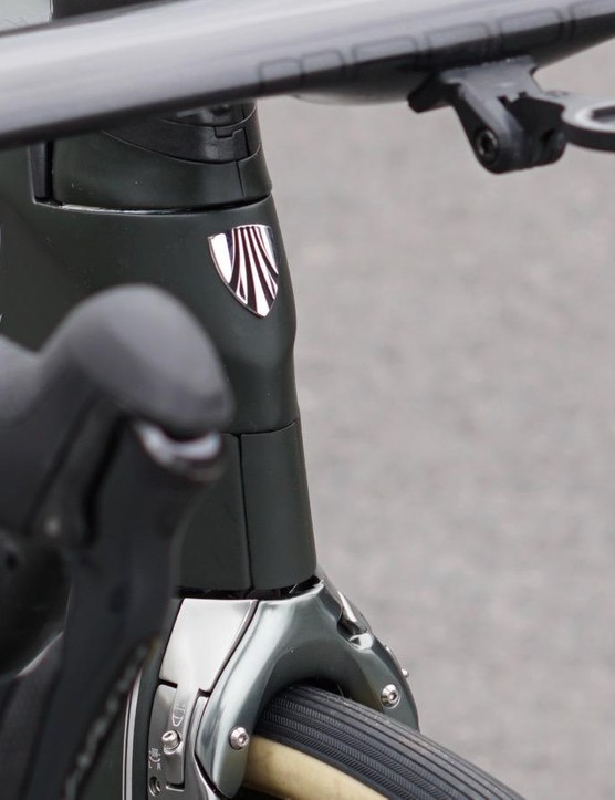 The Madone has an ultra-clean front end, with all cables tucked inside