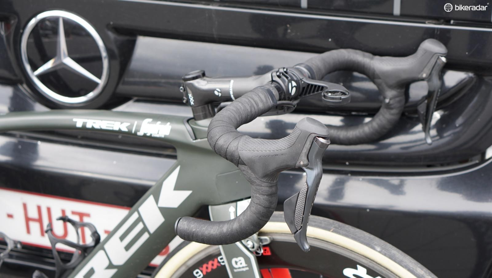 Instead of the integrated Madone bar/stem, Degenkolb and many of his teammates prefer the compliance and round-bar grip of an IsoCore bar for the cobbles