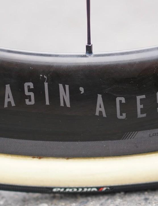 The wheels match Degenkolb's Chasin' Aces bike paint scheme