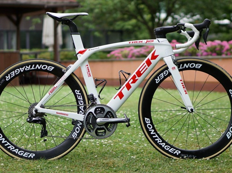 10 shift buttons on Degenkolb's Tour de France Trek Madone