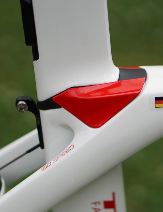 The IsoSpeed Decoupler is the special sauce in the Madone, allowing the seatmast and seat tube to flex slightly