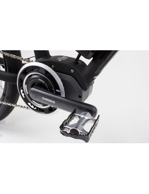 The bottom bracket-mounted Shimano STEPS motor