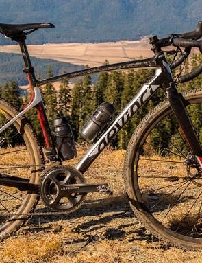 The Devinci Hatchet Carbon Ultegra Di2 is the top bike in the Hatchet line