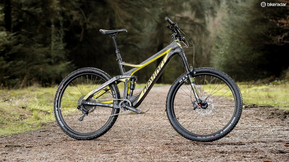 Devinci's Troy Carbon has received a makeover for 2016