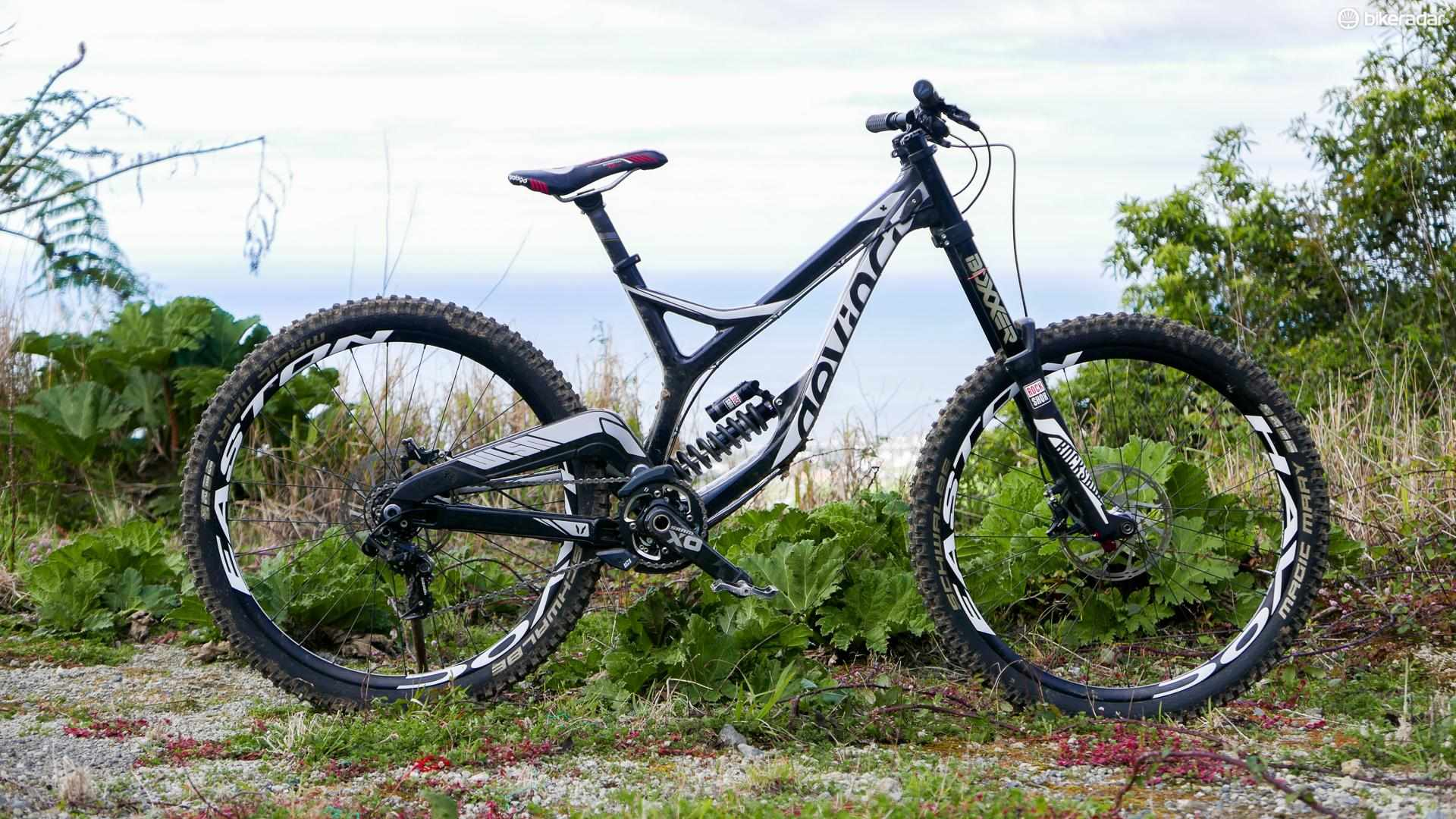 The Devinci Wilson Carbon shaves a serious chunk of weight from the alloy bike