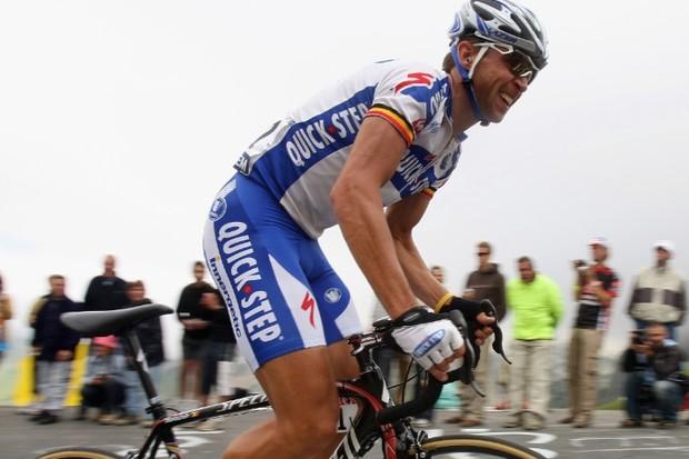 Stijn Devolder racing his first Tour de France in 2008.