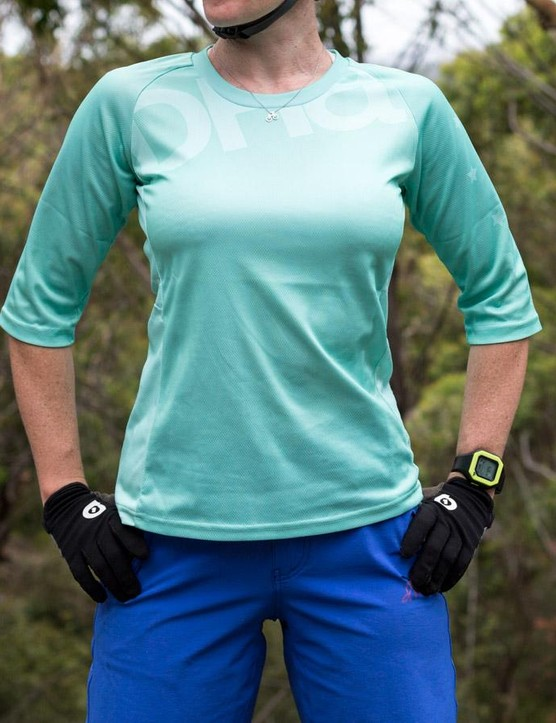 The breathable main fabric of the DHaRCO Ladies 3/4 Jersey holds its shape while keeping you cool