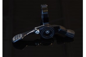 Wolf Tooth adapted its ReMote lever design specifically for this seapost
