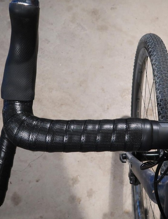 ENVE's bar is flared lower in the drops, which keeps the hoods in a traditional position