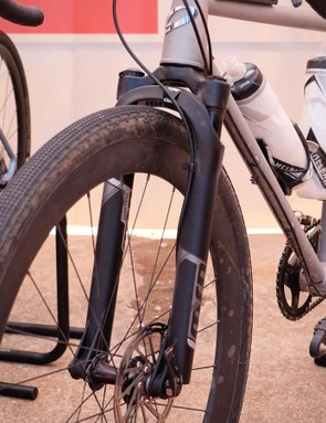 One more gravel suspension fork on display: the MRP Baxter
