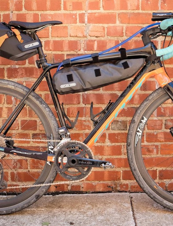 Former Dirty Kanza 200 winner Yuri Hauswald raced the DKXL aboard this Scott Addict Gravel. A custom CamelBak bladder is housed inside the Ortlieb top tube bag