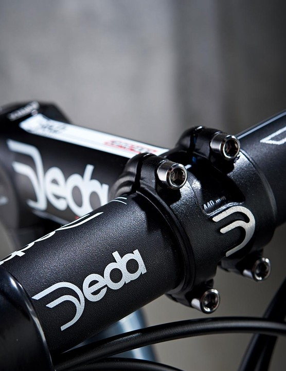 Deda's cockpit was a hit, thanks to its compact drops and excellent grip