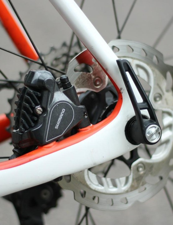 Trek opts for 140mm rotors. On a few long descents with hard braking I could get them to hum, but never to squeal. The ease, modulation and overall quality of the Shimano hydraulics is best in class