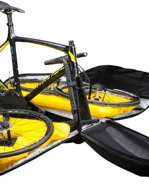 The Helium bike bag is easy to load up and features inflatable side panels for added protection