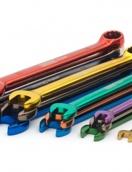 The spanners cover sizes 6-19mm
