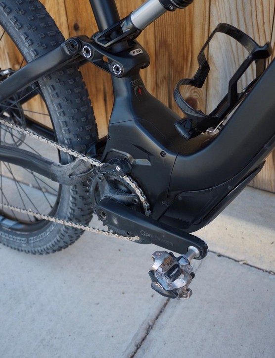 All Turbo Levo's use a 1x drivetrain and include an integrated chainkeeper