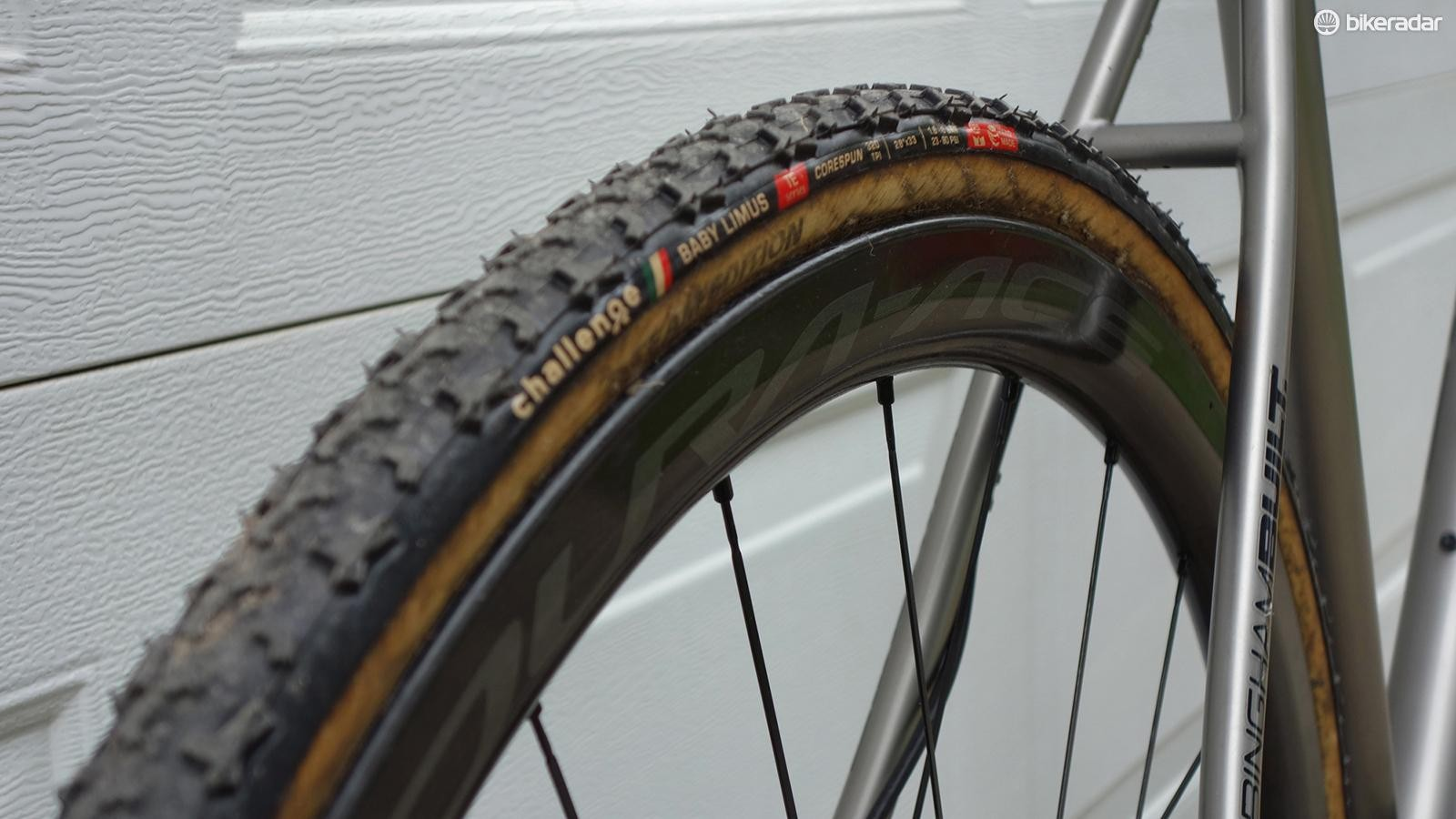 Challenge Baby Limus tyres are used in conjunction with Shimano Dura-Ace R9100 series wheels