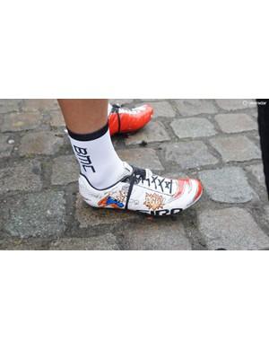 Jempy Drucker does his own graphics on his Giro Empire SLX