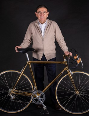 Ernesto Colnago shows off his birthday present