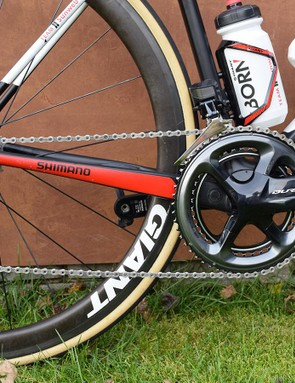 The bike is equipped with a Shimano Dura-Ace R9150 electronic groupset and power meter