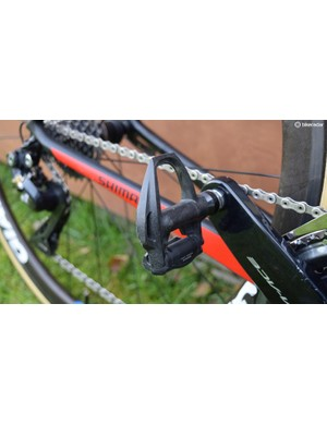 The team opts for Dura-Ace R9100 series pedals