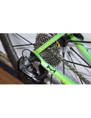 The bike is equipped with an 11-28 cassette