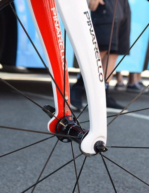 Tabs to the rear of the forks on the bikes are claimed to improve aerodynamics and the design was first seen on Bradley Wiggins' Hour Record bike