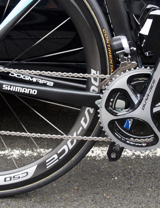 Shimano Dura-Ace shifting on the Italian frame