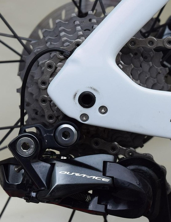 The Madone Disc uses thru-axles