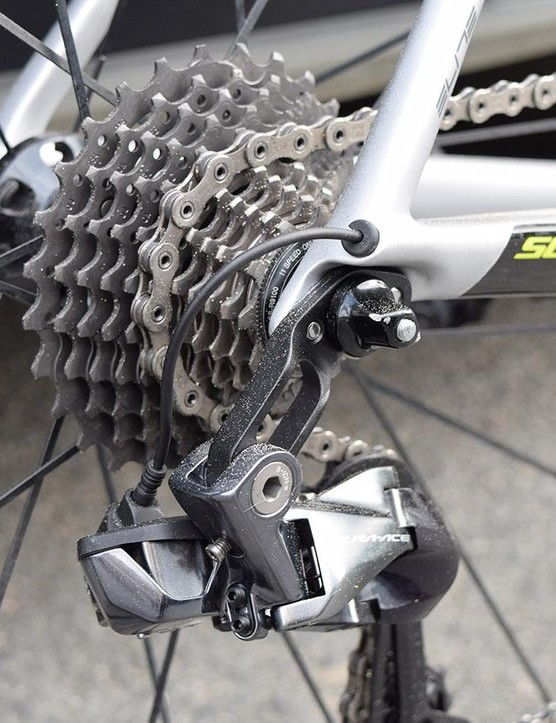 Scott looks to have produced a direct mount hanger for the Shimano rear derailleur