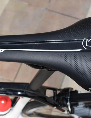 A view of the top of the PRO Griffon saddle