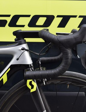 Yates chooses to run traditionally shaped handlebars with a smaller diameter to modern counterparts