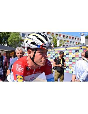 Bob Jungels wears custom Ekoi sunglasses, which match his Luxembourg national champion's kit