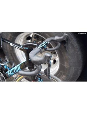 Shimano Dura-Ace R9150 levers are the most widely used in the WorldTour peloton