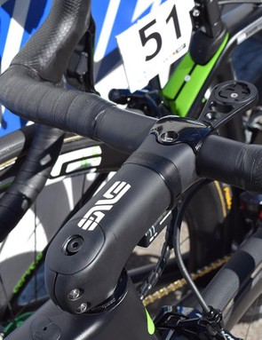 On Renshaw's race bike, the stem had a matte finish with the classic white ENVE decals